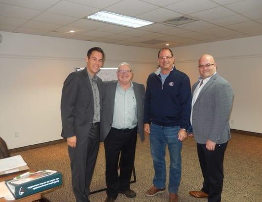 (G-D) Nicolas Chaput de Clé Verte, Joseph Bavota directeur général, Claude Berthiaume de Ressorts Montréal Nord et Fréderic Lafleur président de l'ASMAVERMEQ. (Photo : ASMAVERMEQ)
