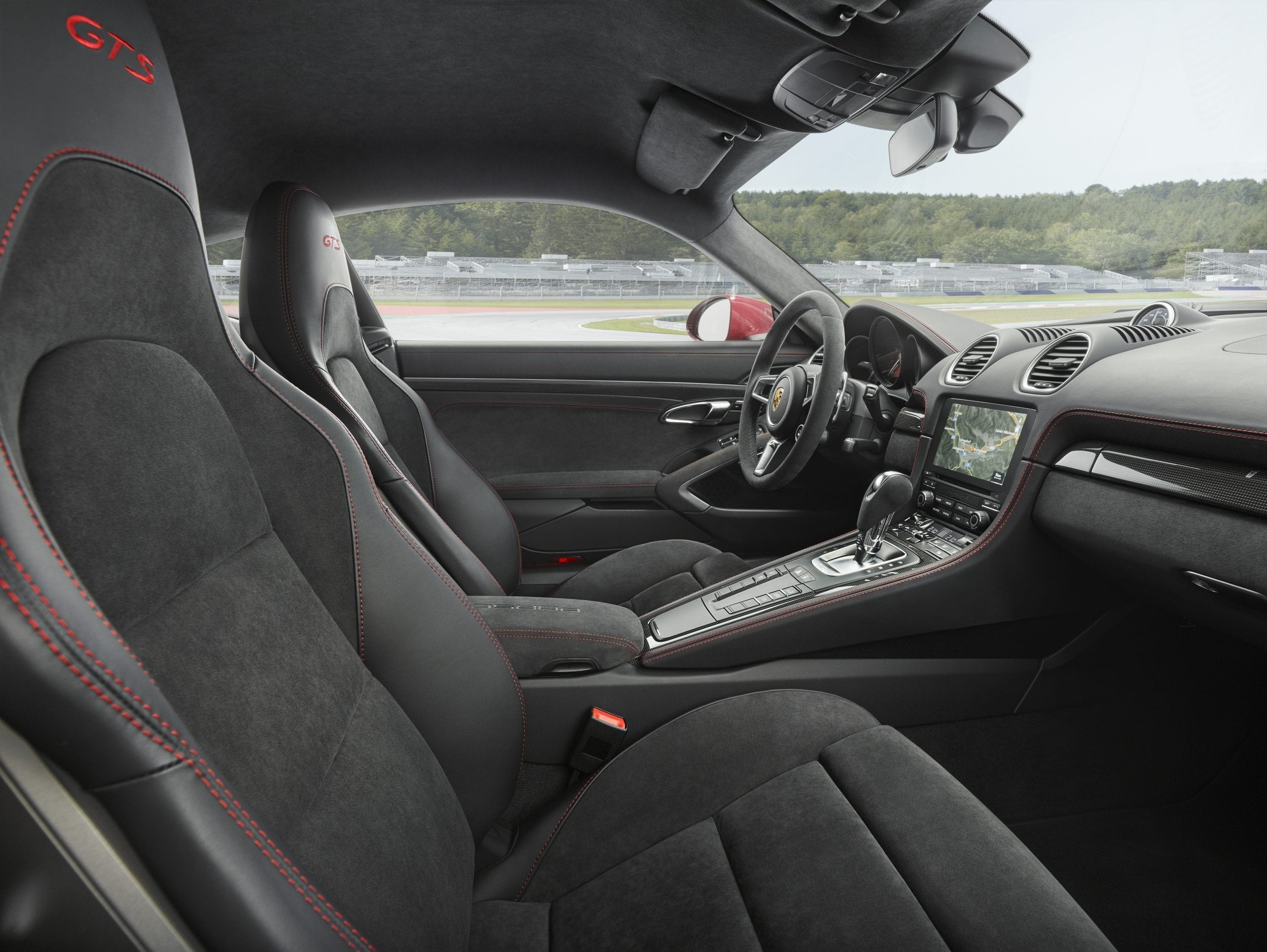 Porsche 718 Cayman 2018 interior (Photo: Porsche)