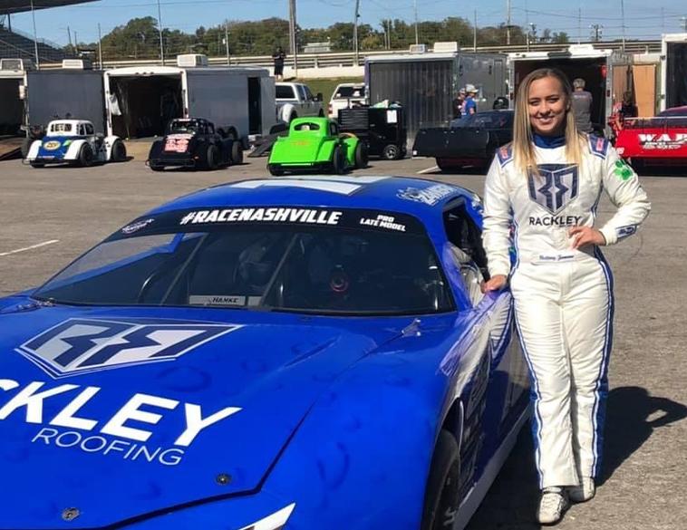 Zamora female racer sponsorship